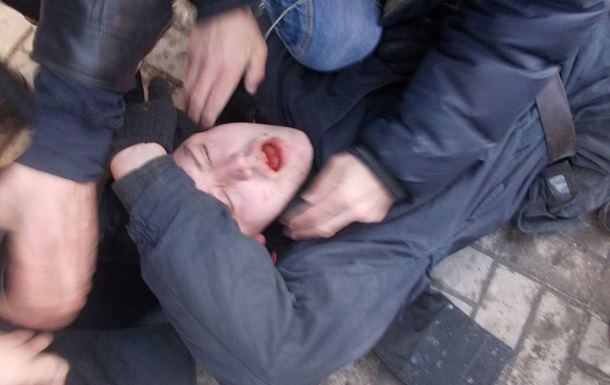 В результате беспорядков в центре Киева пострадали 47 правоохранителей – МВД