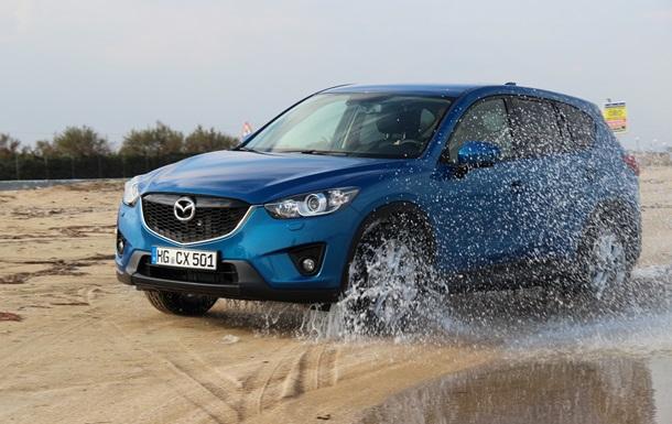 Mazda готовит новый кроссовер на базе Mazda2