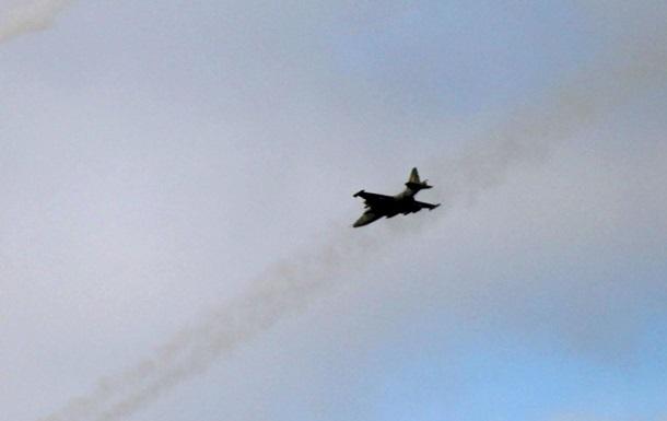 Над Майданом пролетели два реактивных самолета - СМИ