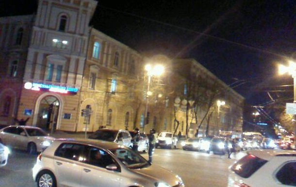 Киев парализован. Метро закрыто, на дорогах 10-балльные пробки