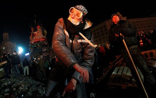 Правый сектор обратился к Януковичу с призывом остановить кровопролитие