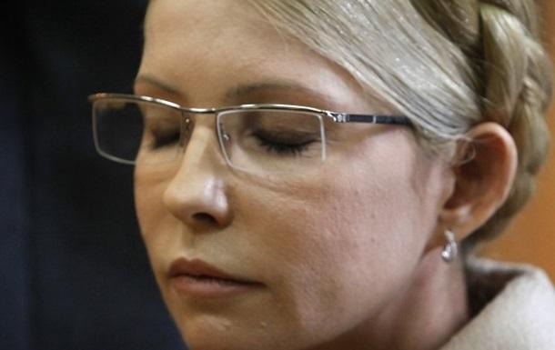Тимошенко призывает оппозицию не садиться за стол переговоров с Януковичем