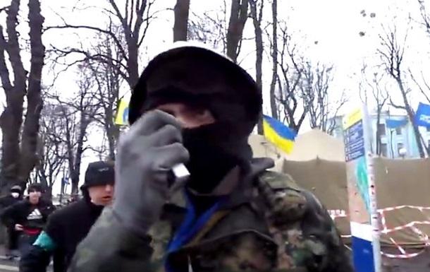 Я человек Зинченко! Топаз, дай команду!  Антимайдановцы избили журналиста в Мариинском парке