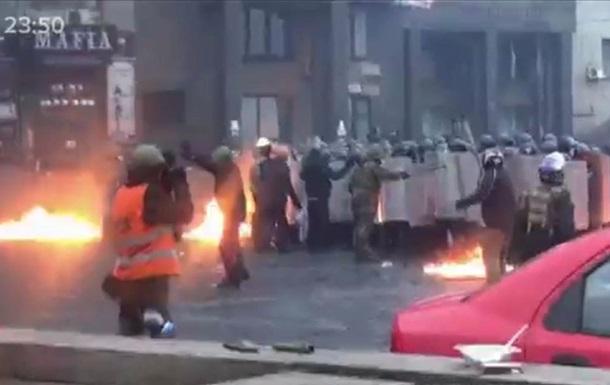 Не стреляйте, я журналист! . Видеорепортаж о боях в центре Киева