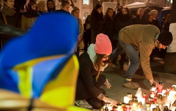 Правый сектор требует присвоить погибшим протестующим звания Герой Украины