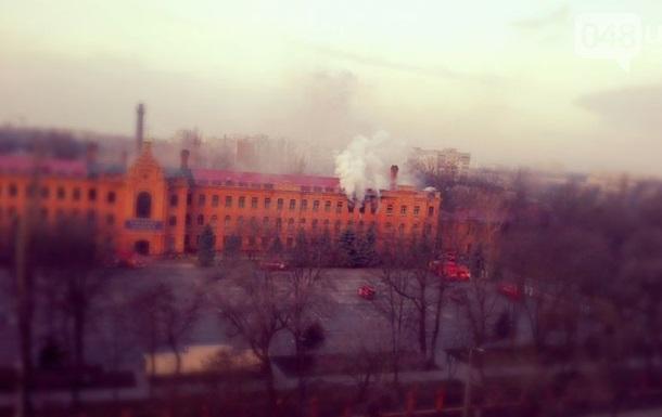 В Одессе горит здание военной академии