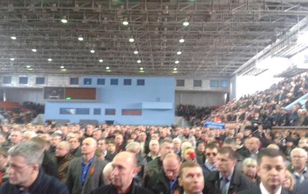 Юго-восточные области Украины взяли на себя обеспечение конституционного порядка на своих территориях - решение съезда