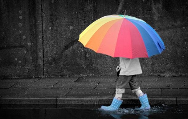 Украину в воскресенье ожидает теплая, но дождливая погода