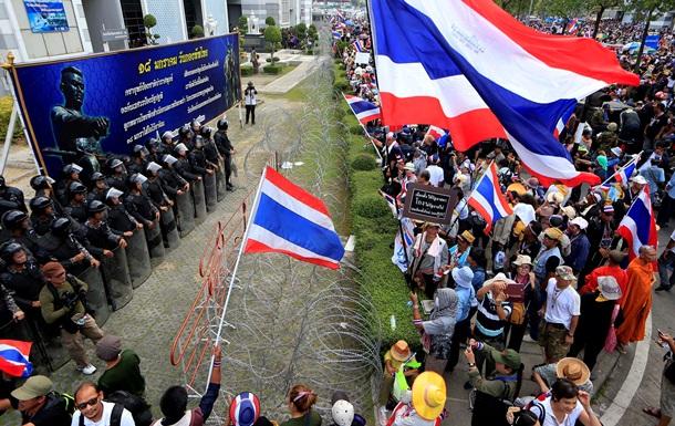 В Таиланде продолжаются столкновения, есть жертвы