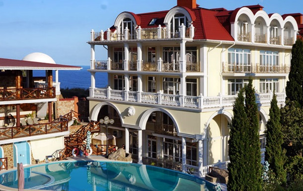 Российские туроператоры ожидают от крымских отелей снижения цен для россиян вдвое