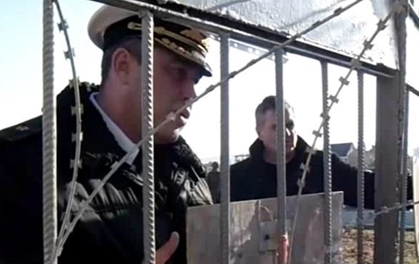 Как нарушивший присягу Березовский пытается переманить украинских солдат. Видео