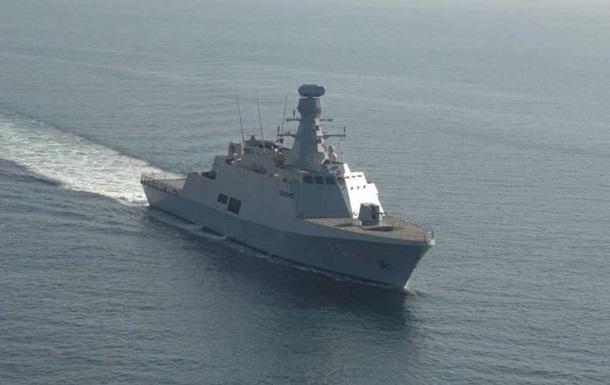 Россия наращивает свои военные силы  - в Крым прибывают корабли с техникой и военными