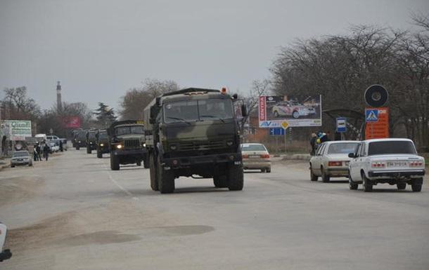 В Евпаторию отправилась автоколонна российских войск с транспортом тылового назначения - источник