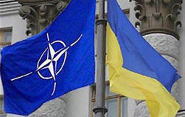 Главнокомандующий силами НАТО в Европе обсудил с главой ВСУ перспективы сотрудничества
