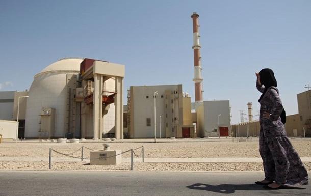 Россия согласилась построить в Иране еще два ядерных реактора