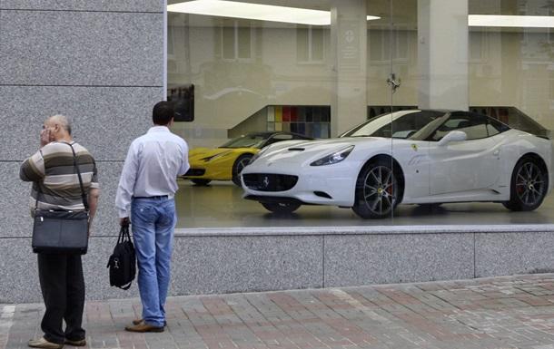 Кабмин хочет повысить налоги на автомобили с апреля
