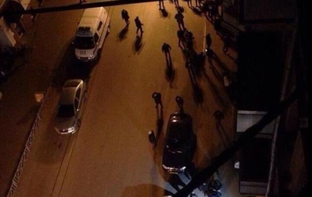 В Харькове неизвестные разгромили офис Просвиты, слышна стрельба
