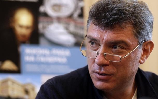 Из-за Крыма Россию ожидают замораживание зарплат и массовые увольнения - Немцов
