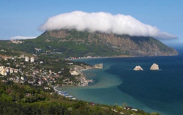 Туристический поток в Крым уже упал на 20% - Минтуризма полуострова