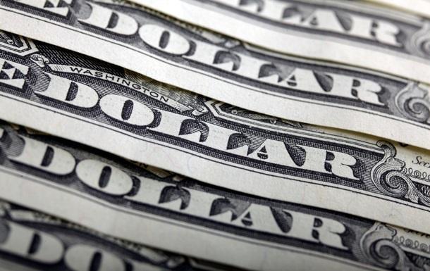 Официальный курс доллара впервые преодолел отметку в 10 гривен