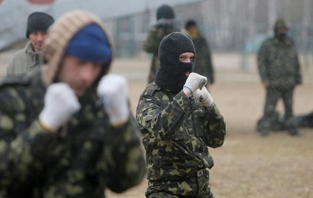 В Крыму две тысячи татар вступили в Национальную гвардию