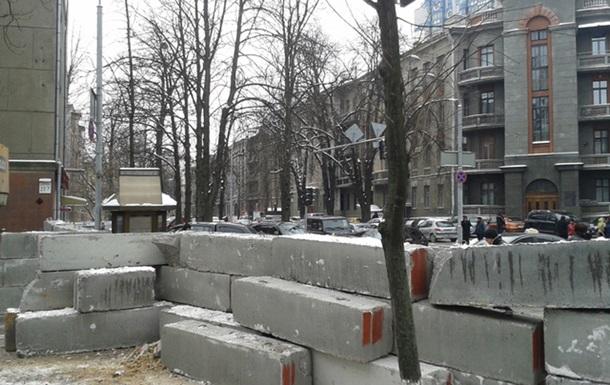 Берлинская стена Януковича
