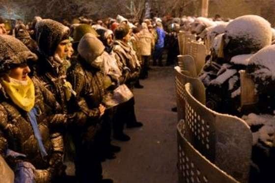 Линии раскола : Евромайдан - Антимайдан.