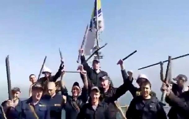 Видео с моряками Черкасс незадолго до штурма
