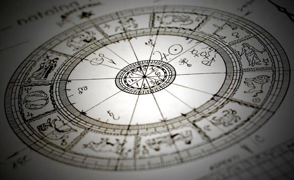 Политический гороскоп: что партиям пророчат звезды