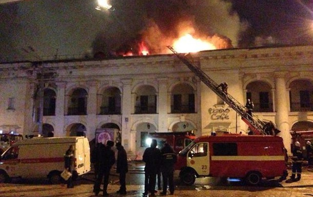 Суддя Амельохін викликав свідка - авторку проекту реставрації Гостиного двору!