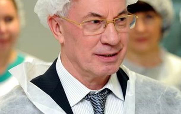 Азаров знайшов крайніх, аби не заплатити пенсії та зарплати