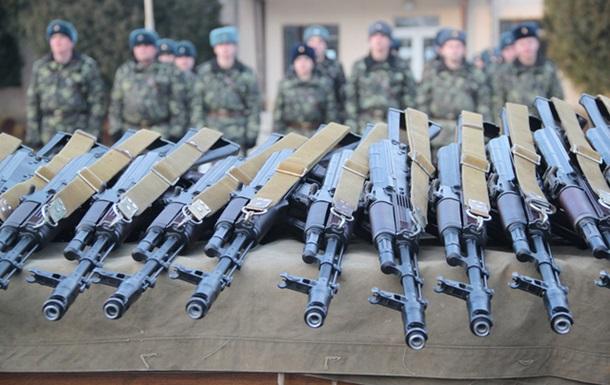 Близько трьох сотень бійців Залізної бригади отримали бойову зброю!