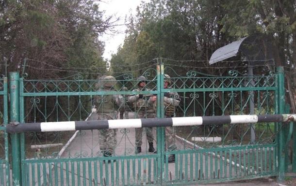 Украинские военные взяли под контроль навигационную станцию ЧФ РФ в Геническе