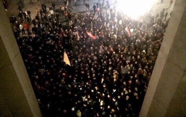 Правый сектор продолжит 28 марта пикетировать Раду с требованием отставки Авакова