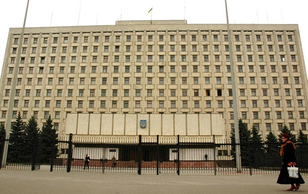 Истекает срок подачи документов для участия в выборах президента Украины