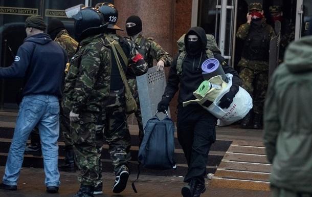 В гостинице Днепр нашли самодельную бомбу – Аваков