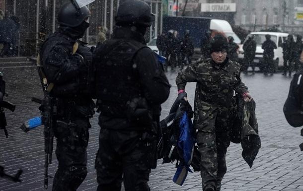 Правый сектор: Активисты покинули гостиницу Днепр запланированно