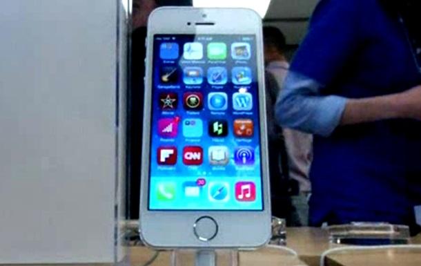 Большие экраны iPhone 6 начнут производить в мае