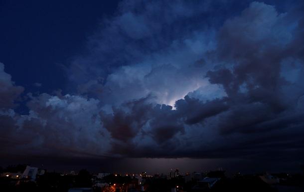 В Аргентине от удара молнии погиб мужчина