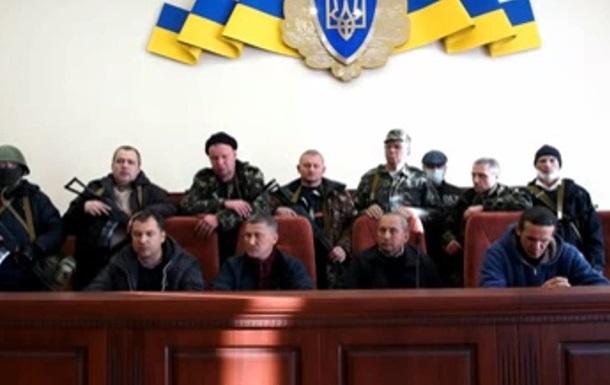 Луганские сепаратисты сняли маски и записали видеообращение