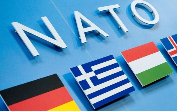 НАТО закрывает широкий доступ к штаб-квартире сотрудникам российского представительства