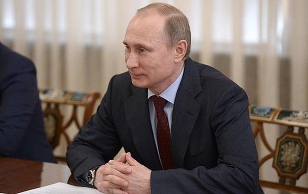 Путин надеется, что присоединение Крыма внесут в единый учебник истории РФ