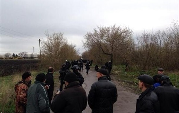 Cпецназ разблокировал один из блок-постов на въезде в Славянск