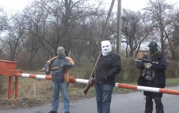 В Славянске протестующие взяли под контроль военный аэродром