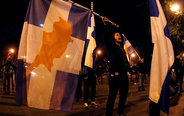 Санкции против России могут  уничтожить экономику Кипра