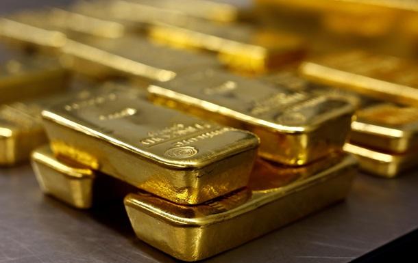 В Индии хирурги нашли в желудке бизнесмена 12 золотых слитков