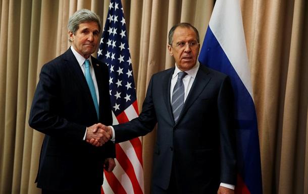 Керри напомнил Лаврову, что протестующие в Украине должны сдать оружие, а захваченные здания освободить