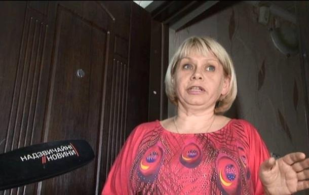 Женщину, которая в Харькове добивала ногами евромайдановца, отправили под домашний арест