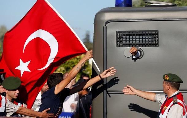 В Турции могут появиться тюрьмы для геев