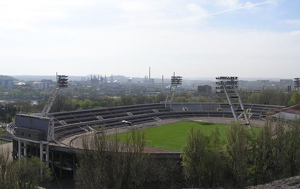 В Донецке пытаются захватить стадион Шахтер - СМИ